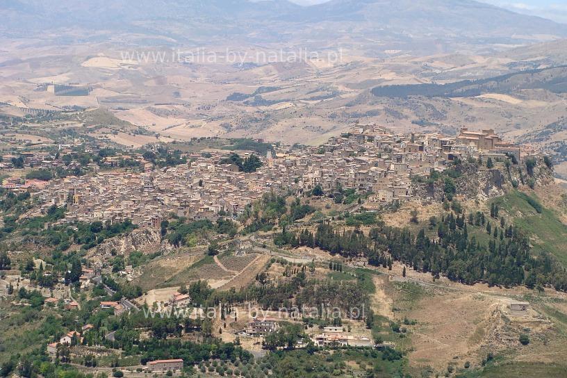 widok-z-Torre-Pisana-Calascibetta