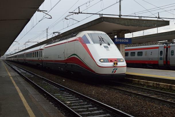 frecciabianca szybkie pociągi we Włoszech