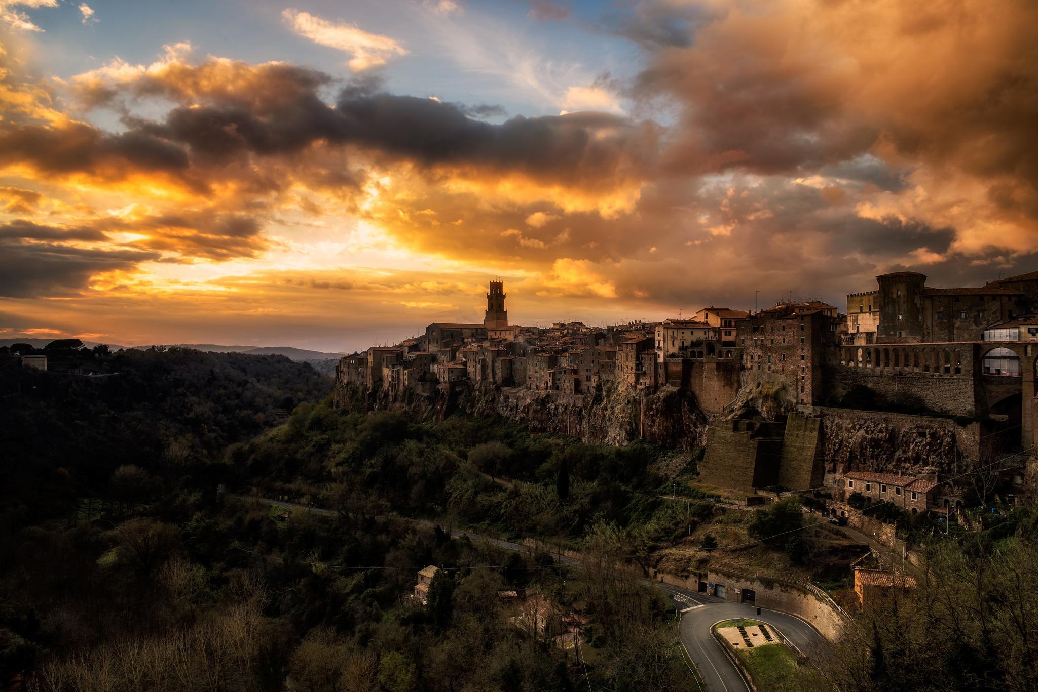 Pitigliano-toskania-grudzien-jesien