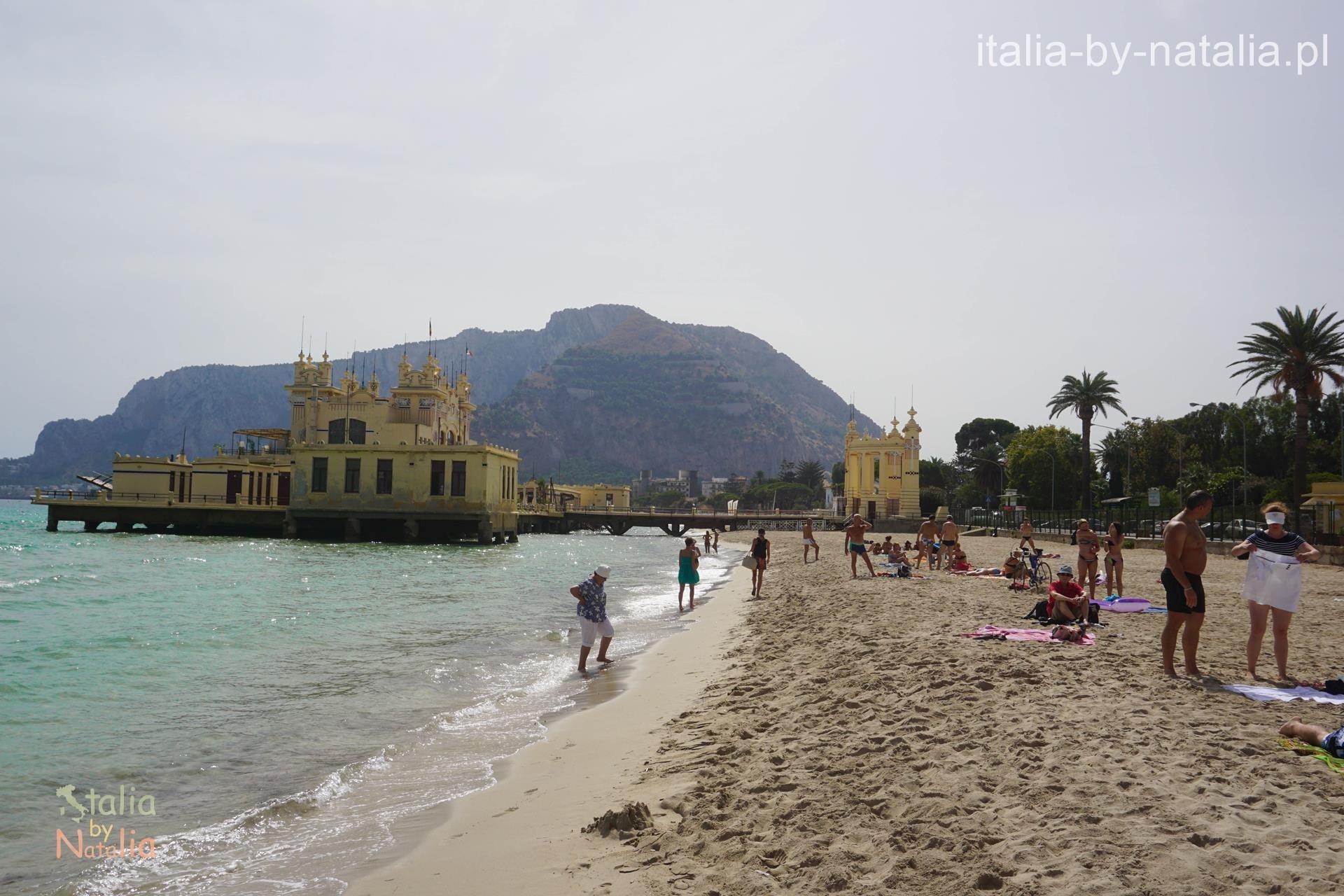 Plaża Mondello koło Palermo