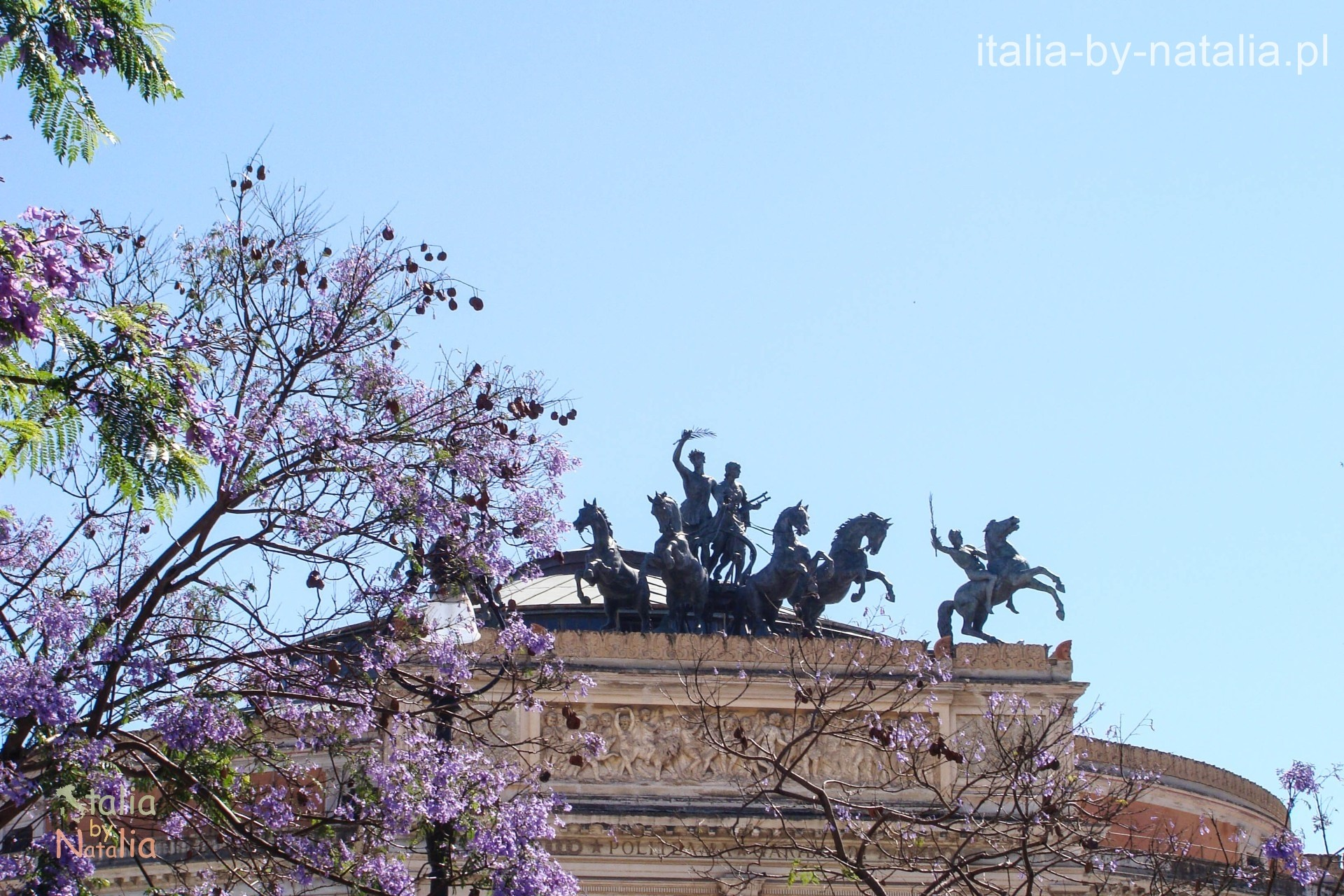 Palermo Sycylia Teatro Politeama Piazza Garibaldi Sicily