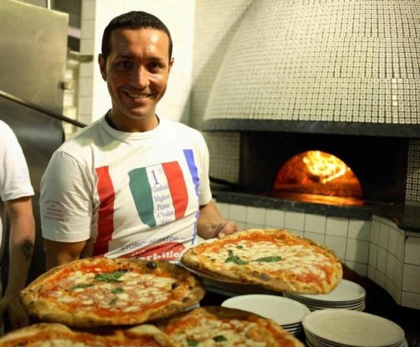 Gino Sorbillo pizzeria Neapol najlepsze pizzerie neapolu