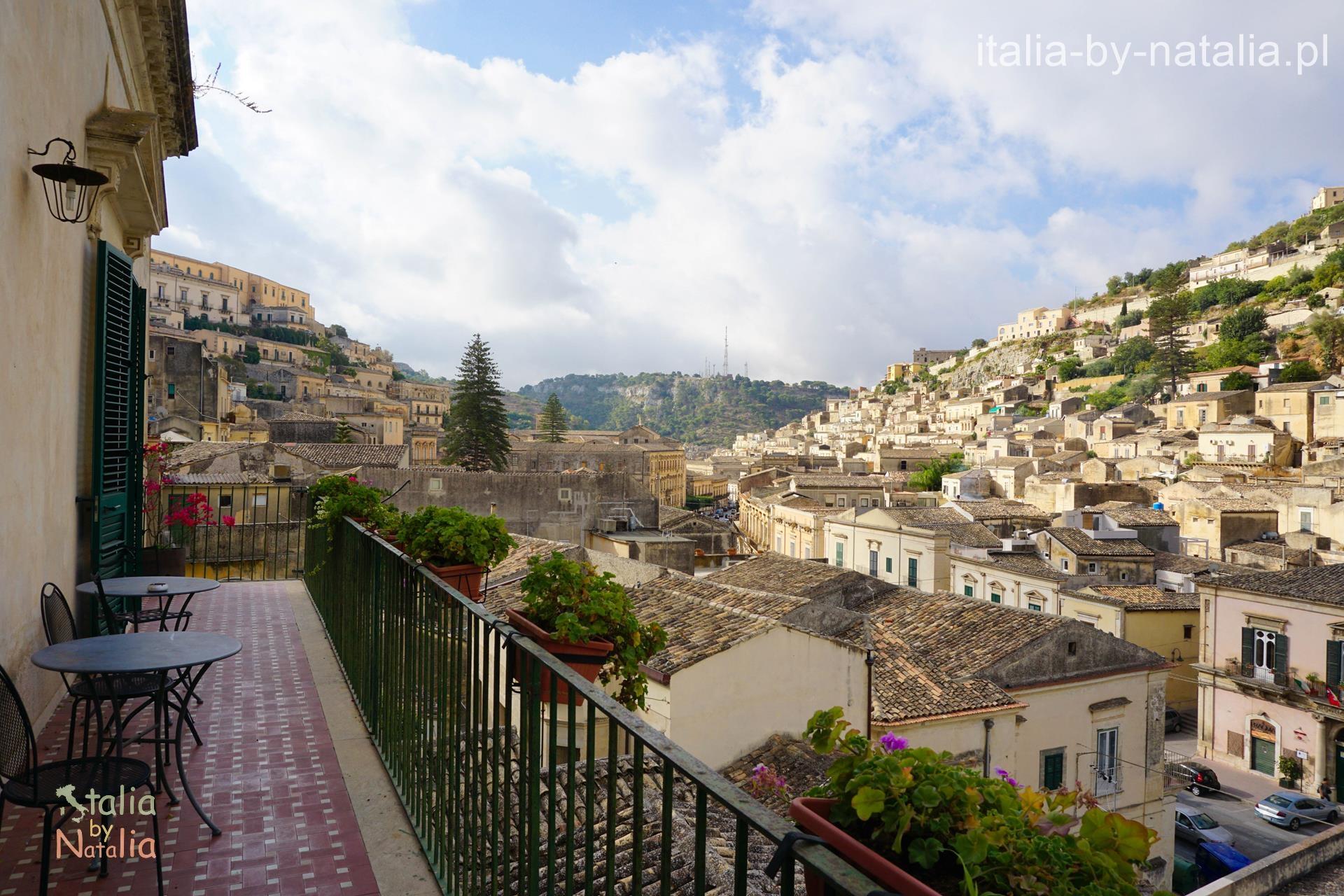 Modica Sycylia Włochy Sicily Italia I Tetti di Siciliando