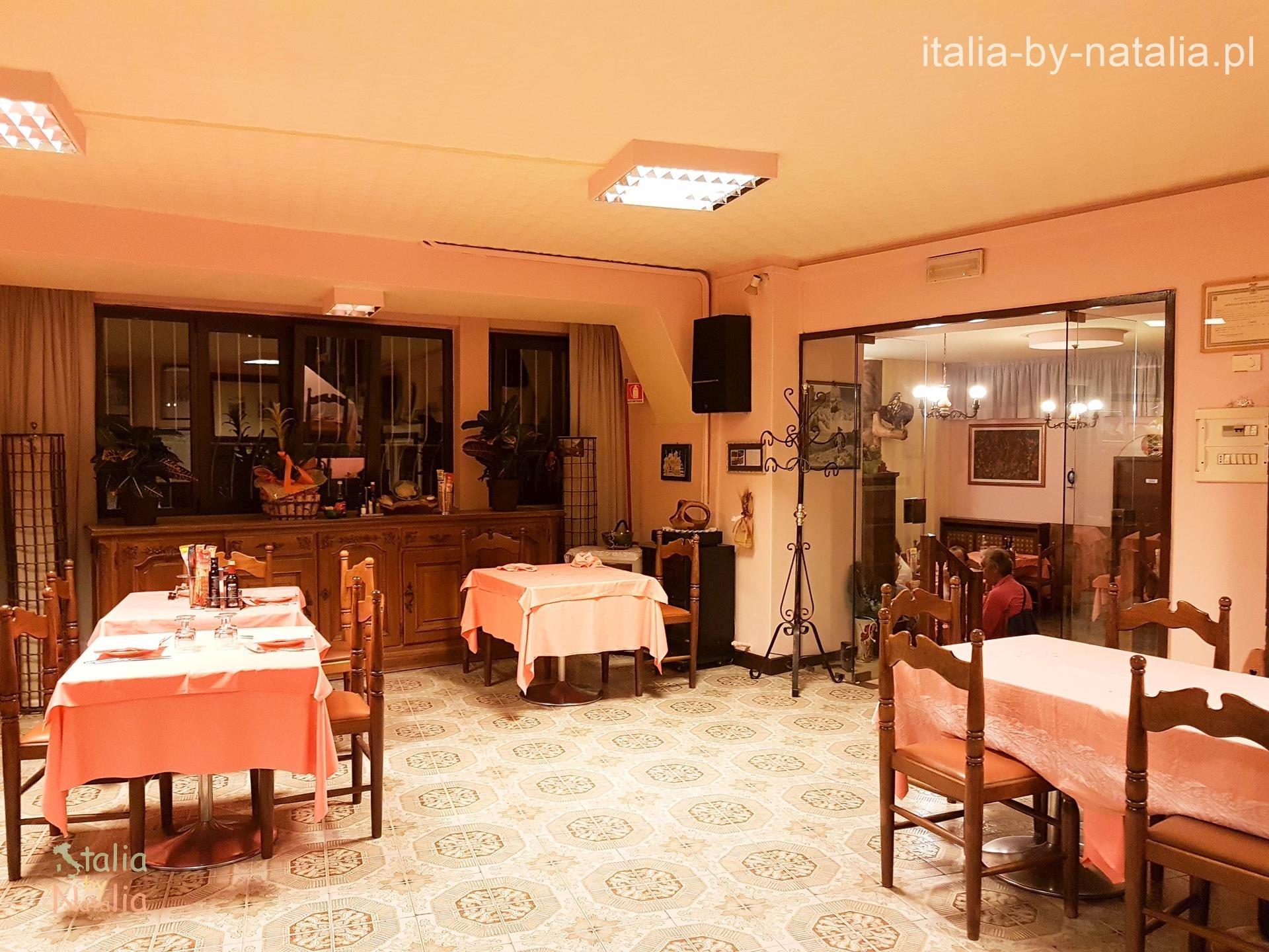 Ristorante Castello Tenno Lago di Tenno gdzie zjeść nad Jeziorem Garda