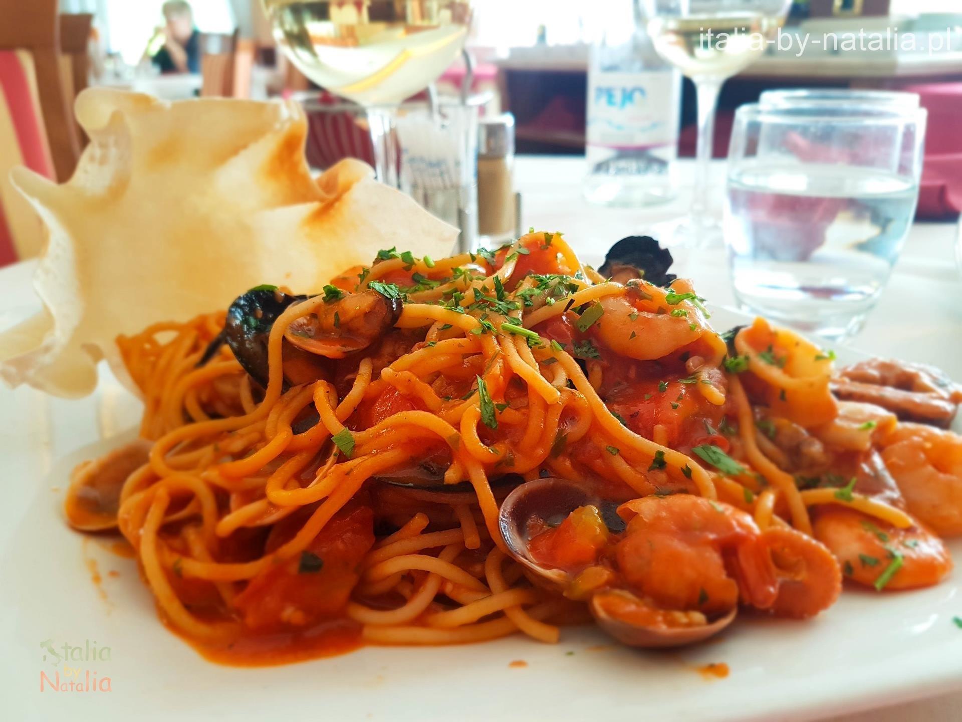 Ristorante Hotel Olivio Arco gdzie zjeść nad Jeziorem Garda