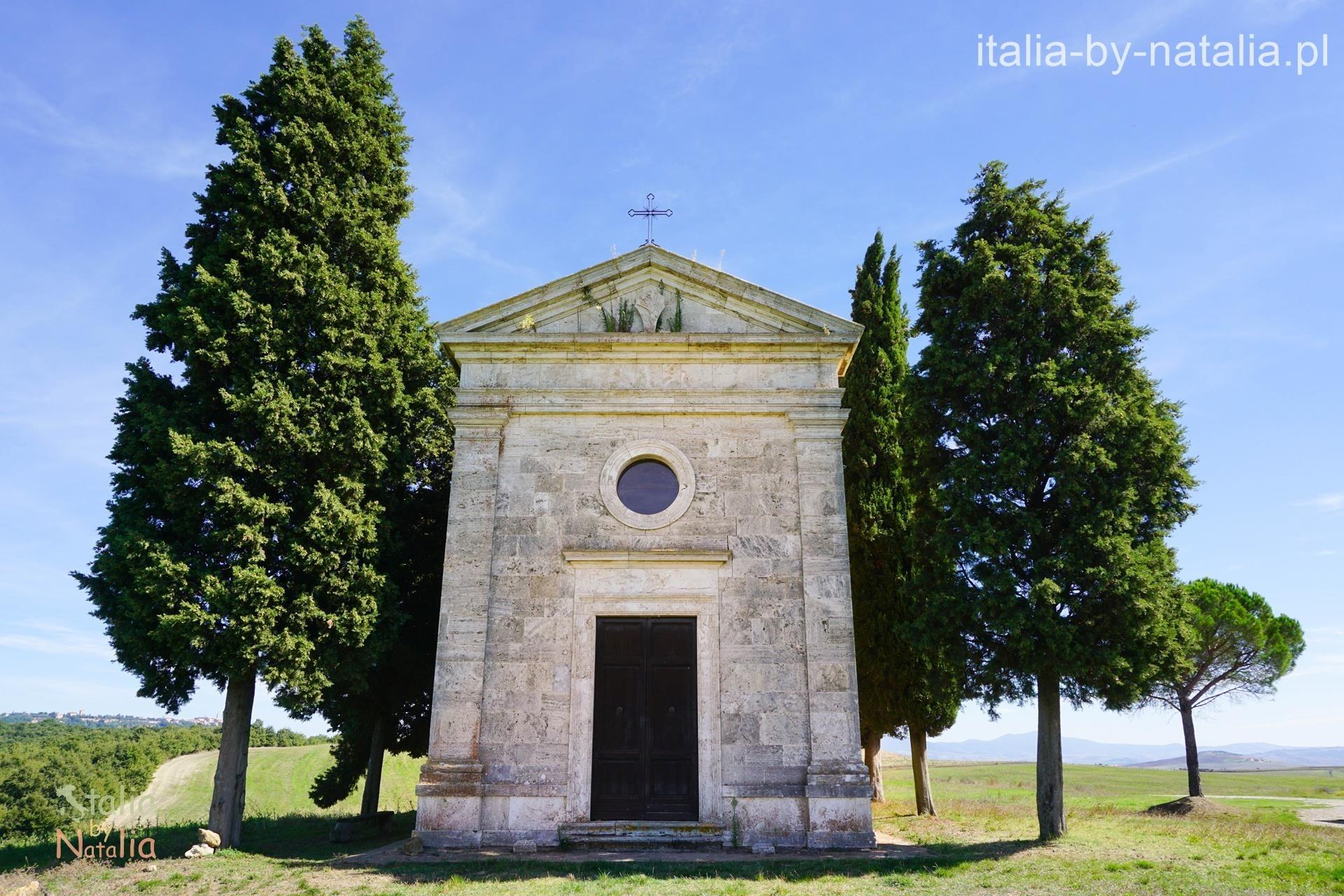 Capella Vitaleta Val di Orcia jesień Toskania jesienią