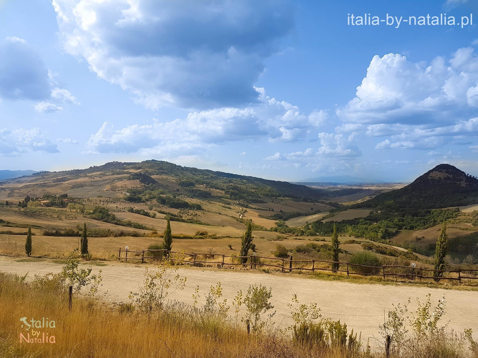 Volterra punkt widokowy panorama Toskania jesienią
