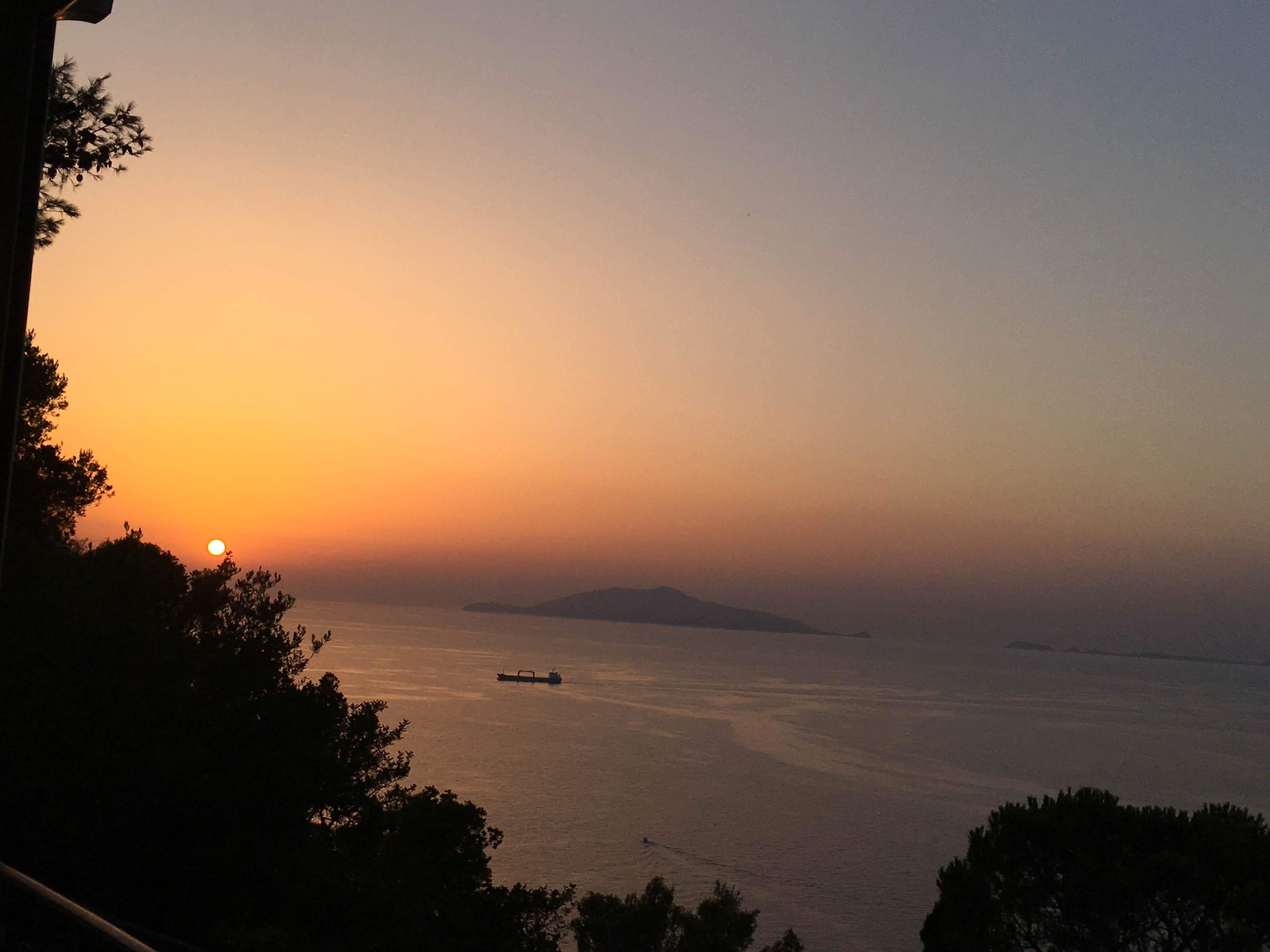 Widok z Capri na wysypy Zatoki Neapolitańskiej