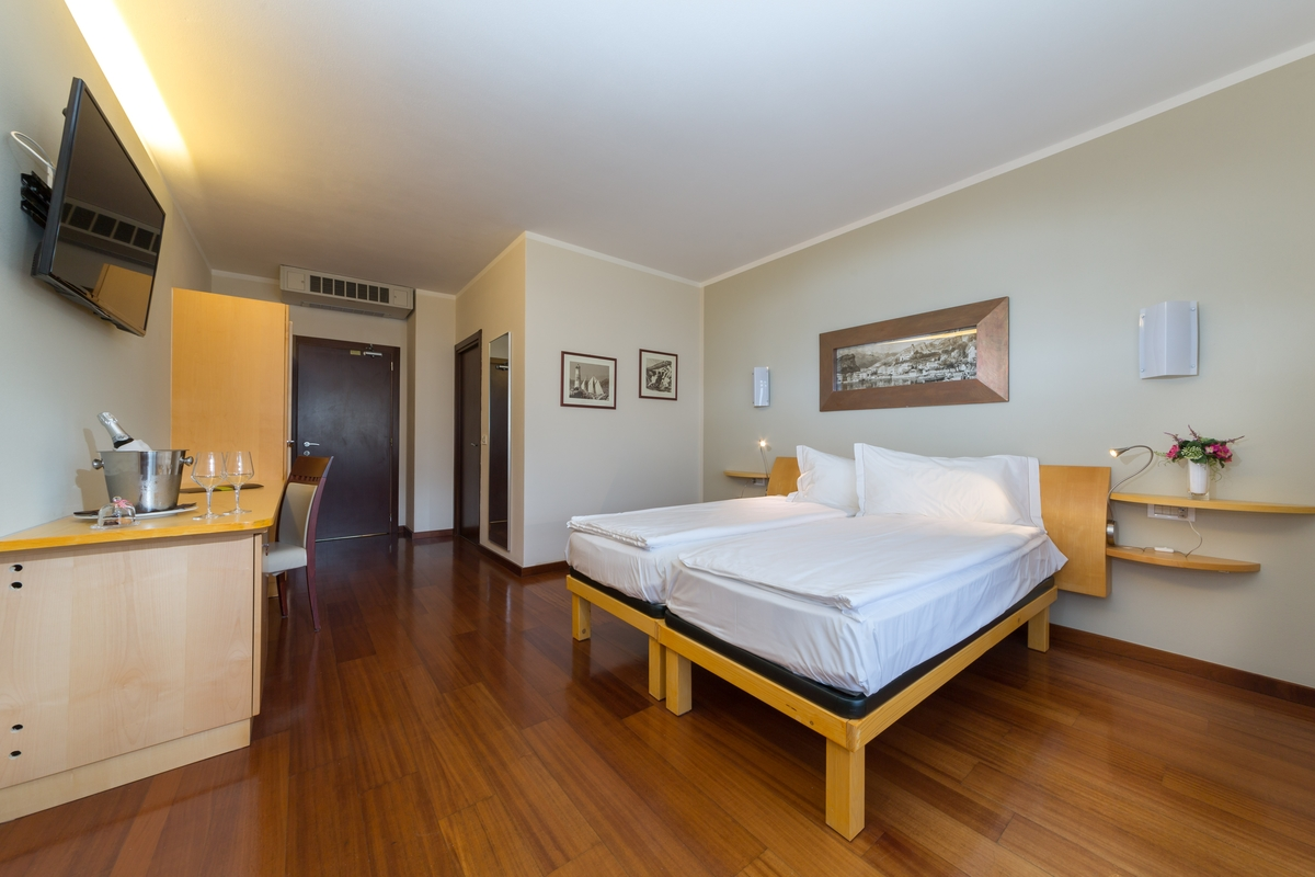 Jezioro Garda sprawdzony nocleg widok dobre sniadanie hotel Forte Charme