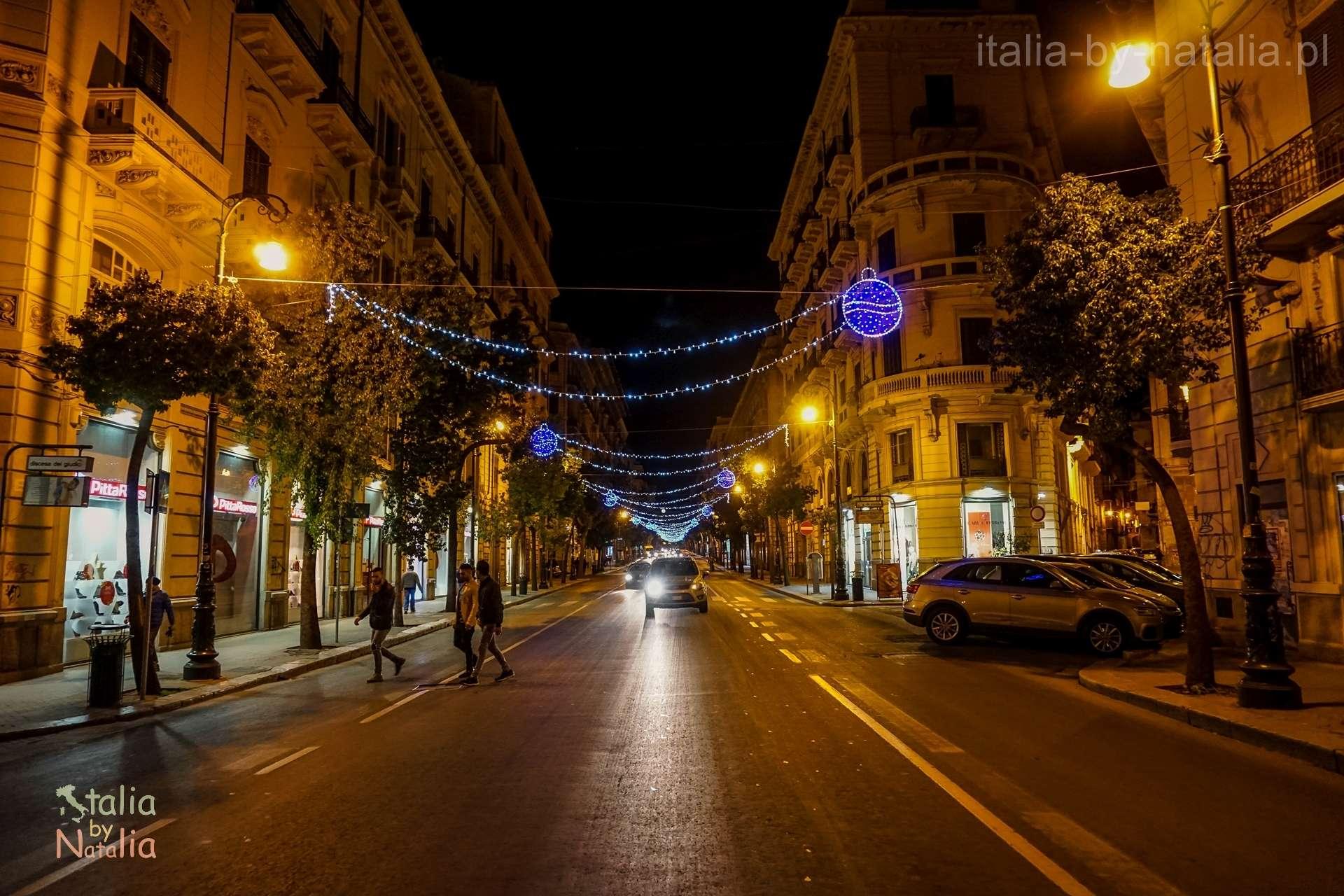Palermo Sycylia grudzien december christmas święta via Roma
