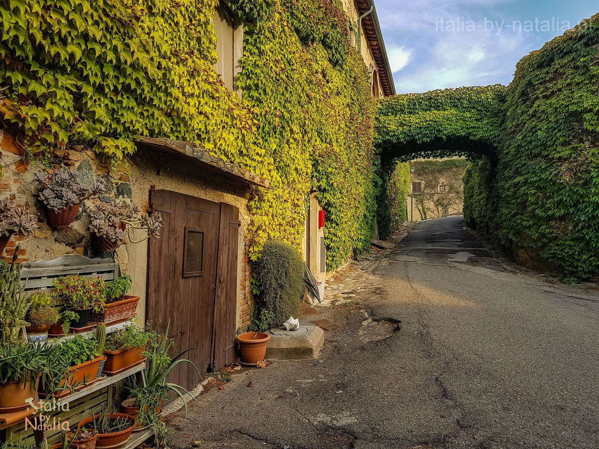 Querceto Toskania Val di Cecina małe miasteczko Prowincja Piza las