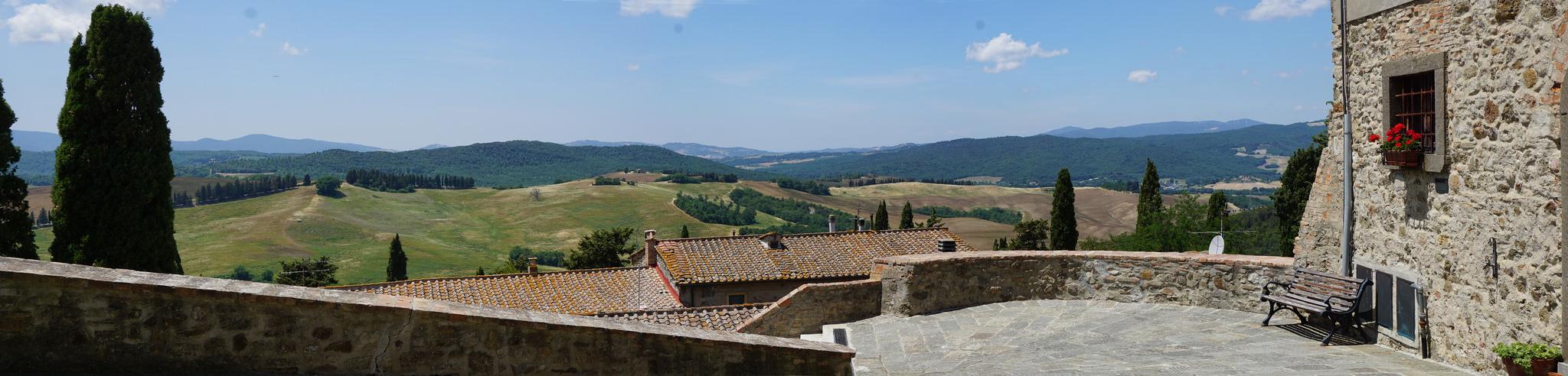 Montegemolo Toskania Tuscany Toscana panorama Val di Cecina
