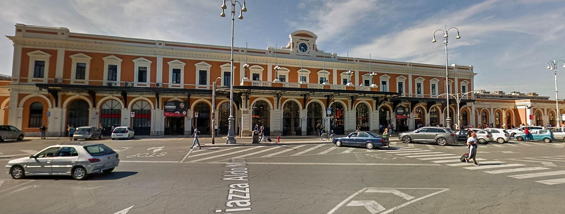 dworzec kolejowy w Bari