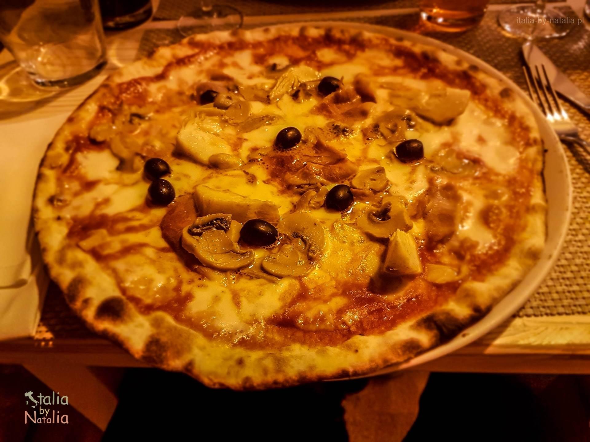 Bari Apulia pizza sprawdzona restauracja stare miasto
