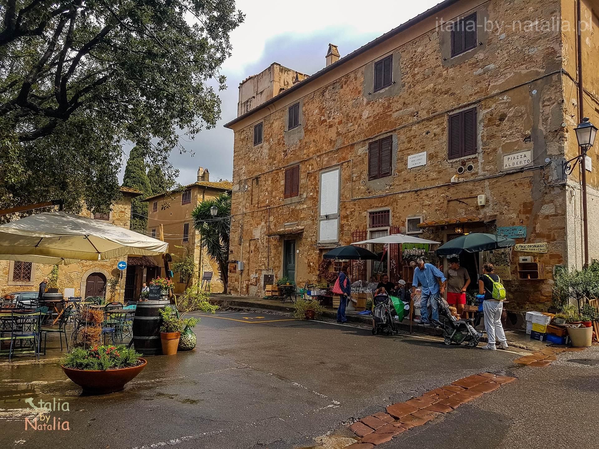 Bolgheri Toskania aleja cyprysowa droga wino
