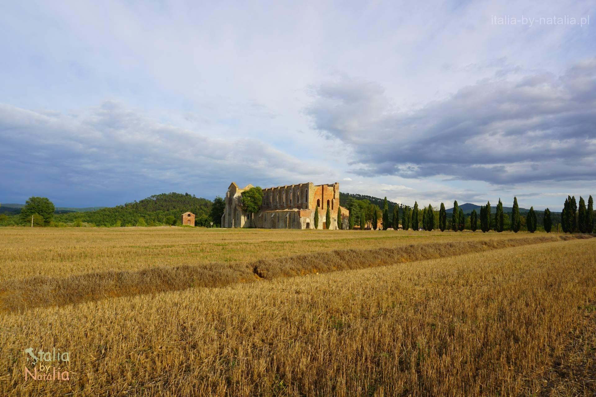opactwo San Galgano Toskania
