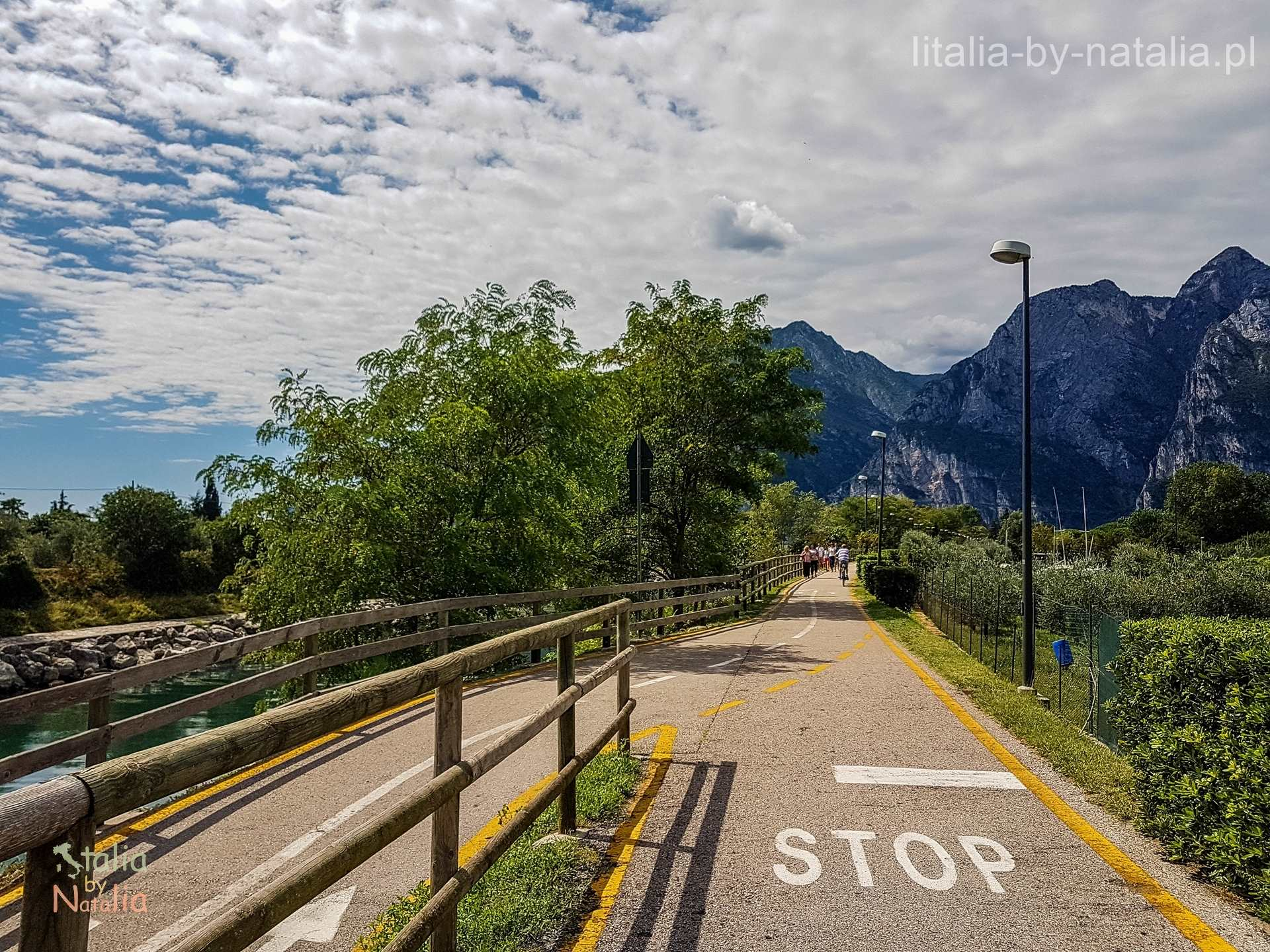 Jezioro Garda rowerem szlaki ścieżki mapa ceny wynajmu gdzie wypożyczyć rower