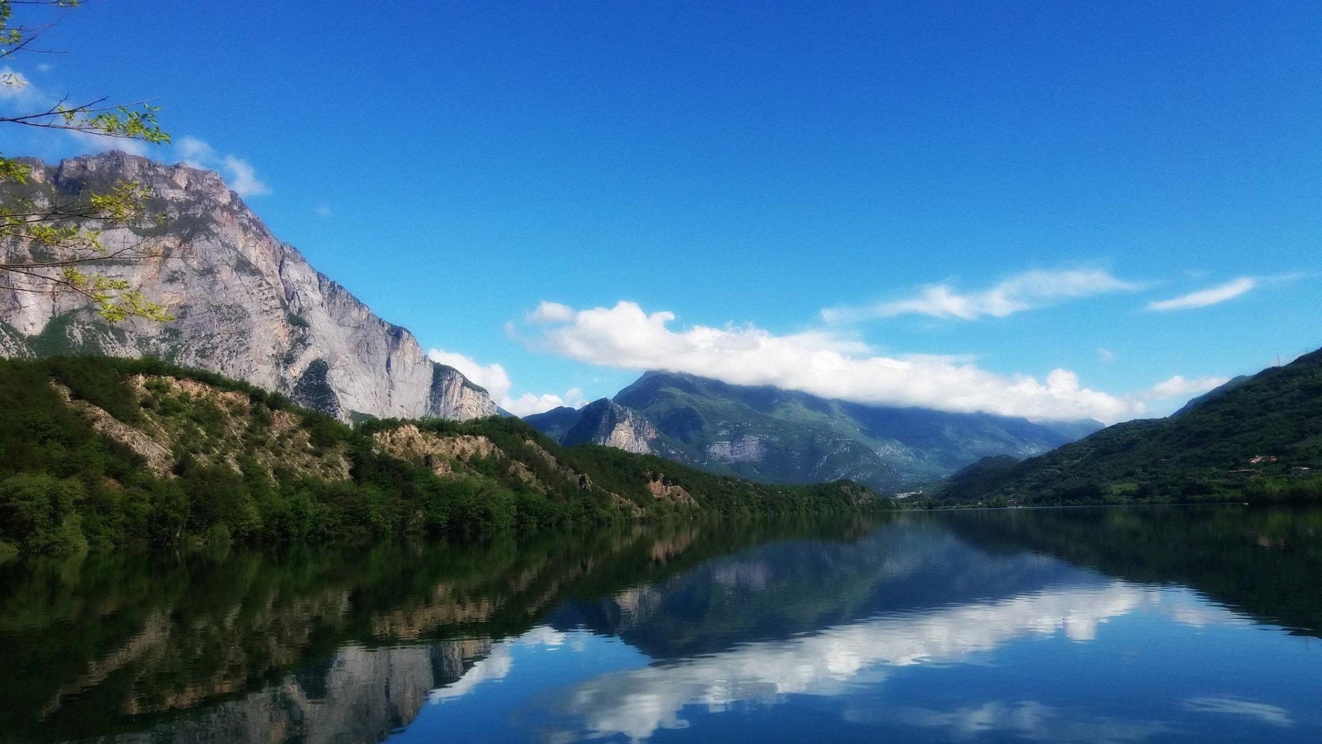 okolice jeziora garda lago di cavedine
