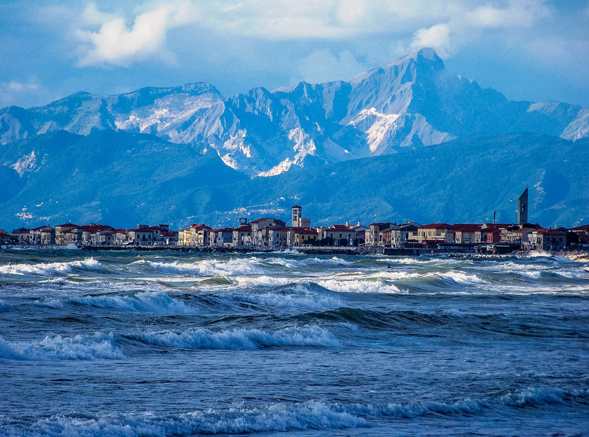 wybrzeze plaze toskanii marina di massa