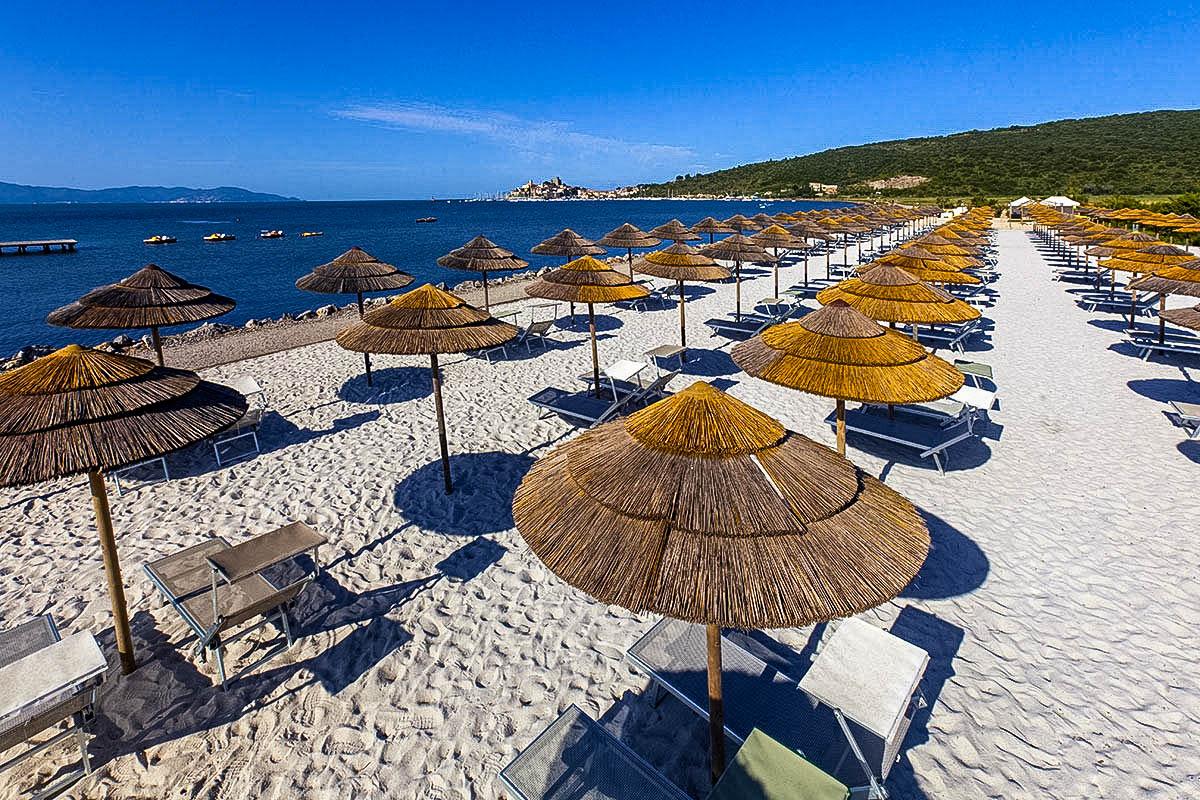 wybrzeze plaze toskanii talamone
