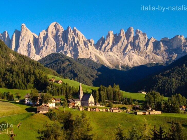 Dolina Val di Funes Dolomity latem Południowy Tyrol najpiękniejsze miejsca w Alapch