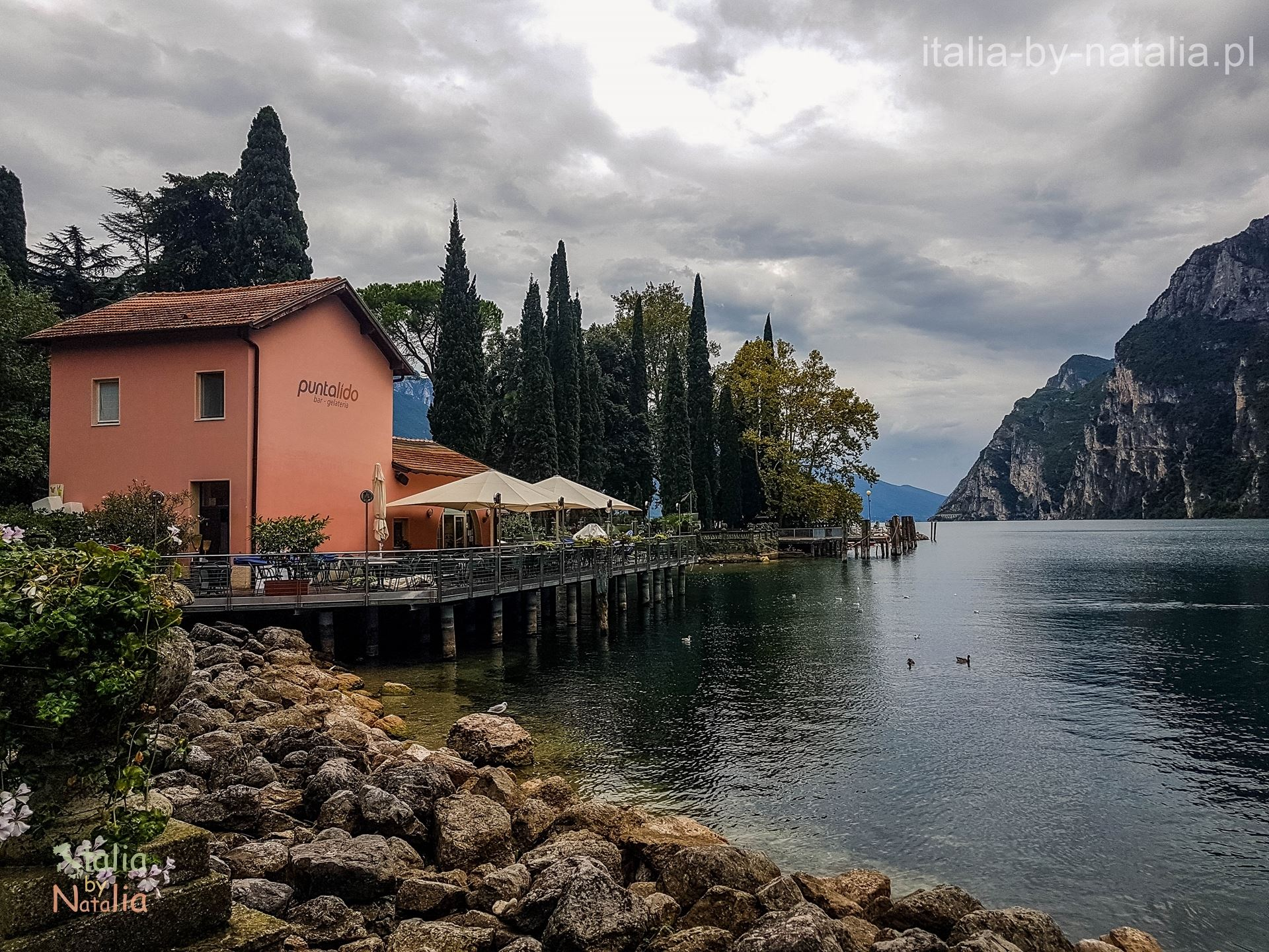 Riva del Garda co zobaczyć jak zwiedzać przewodnik Jezioro Garda Trentino