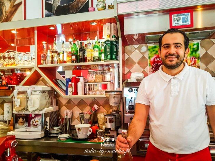 Mesyna Sycylia gdzie tanio, szybko i dobrze zjeść koło dworca kolejowego?