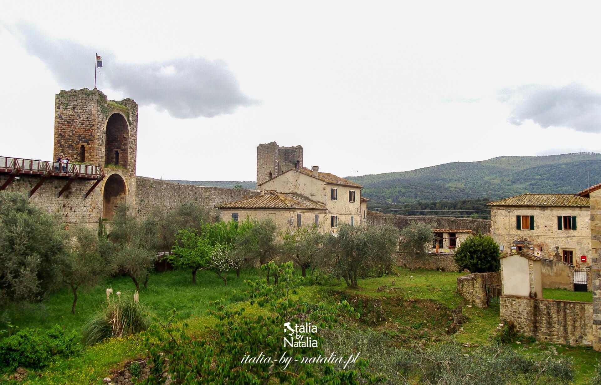 Monteriggioni - dawna forteca Sieny, dziś malowniczo położone miasteczko w sercu Toskanii